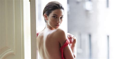 Model Lily Aldridge Reveals Her Beauty Secrets Savoir Flair