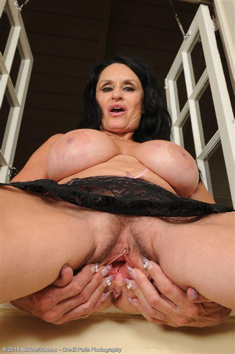 Sexy Milf Rita Daniels Pleasure Her Pinkish Pussy Milf Fox