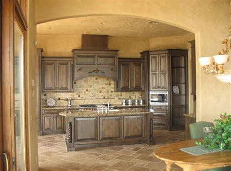 kitchen and floor decor kitchen calm tuscany kitchen cabinets color closed amusing backsplash design and porcelain decor