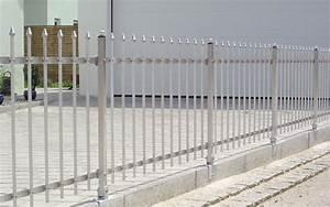Sichtschutz Befestigung Auf Mauer : aluzaun von seiler metallz une ~ Watch28wear.com Haus und Dekorationen