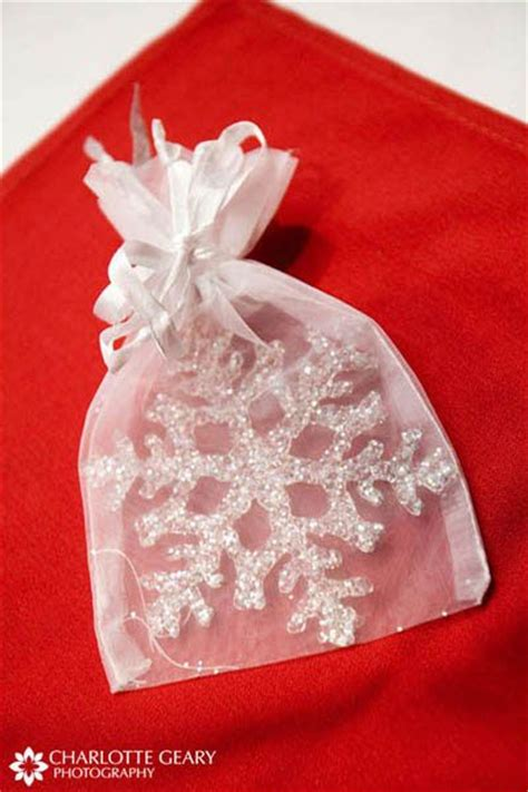 christmas gifts for guests snowflakes wedding and the guest on