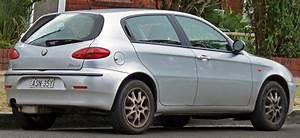 Avis Alfa Romeo 147 : file 2004 alfa romeo 147 selespeed twin spark 5 door hatchback 2010 09 23 wikimedia ~ Gottalentnigeria.com Avis de Voitures