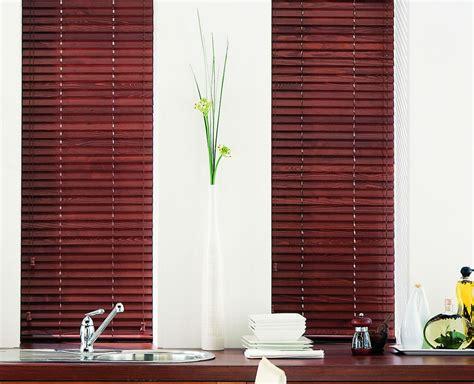 venetian blinds  pvc aluminum wood estil furnishing