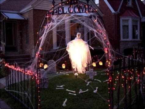people   overboard  halloween house decorations