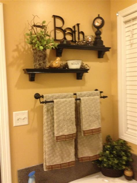 How To Decorate A Bathroom Wall - best 25 garden tub decorating ideas on diy