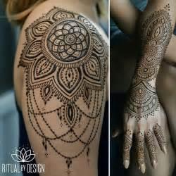 Henna Shoulder Tattoo Designs for Women
