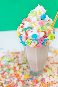 Rainbow Cereal Milkshake - Studio DIY