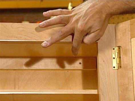 install  basic medicine cabinet  tos diy