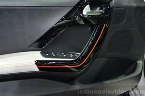 208 Roland Garros : peugeot 208 roland garros edition interior door handle at the 2014 paris motor show indian ~ Gottalentnigeria.com Avis de Voitures