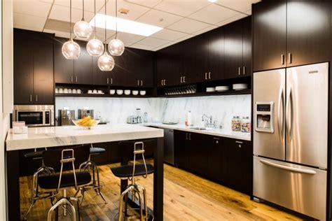 les plus belles cuisines et caf 233 t 233 rias de bureaux du monde