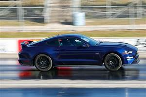 2018 Mustang Gt : drag testing the 2018 ford mustang gt hot rod network ~ Maxctalentgroup.com Avis de Voitures