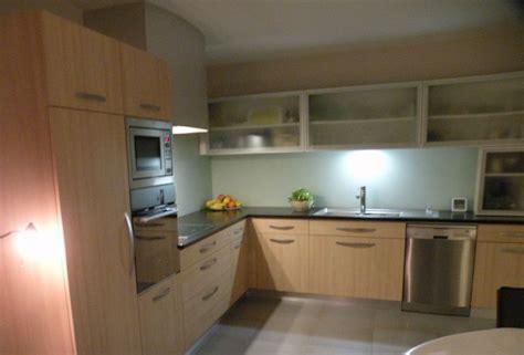 cuisine stratifié hêtre photo de agencement cuisines