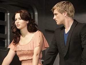 Image - Katniss peeta train.jpg | The Hunger Games Wiki ...