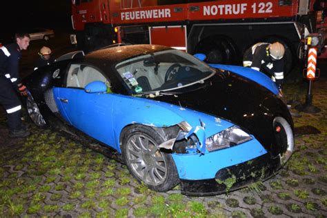 Crashed Bugatti Veyron Put Up For Sale By Insurance