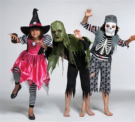 spooktacular tricks amp treats from matalan 186 | kids group pic
