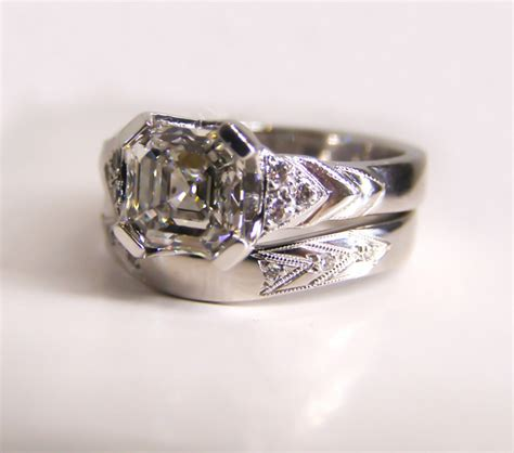 18ct ethical white gold and deco wedding ring
