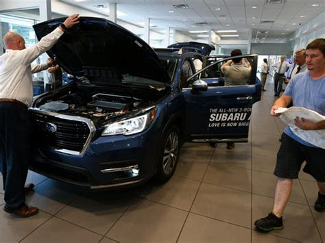 Grayson Hyundai by Knoxville Gets Peek At New Ascent Largest Subaru Suv