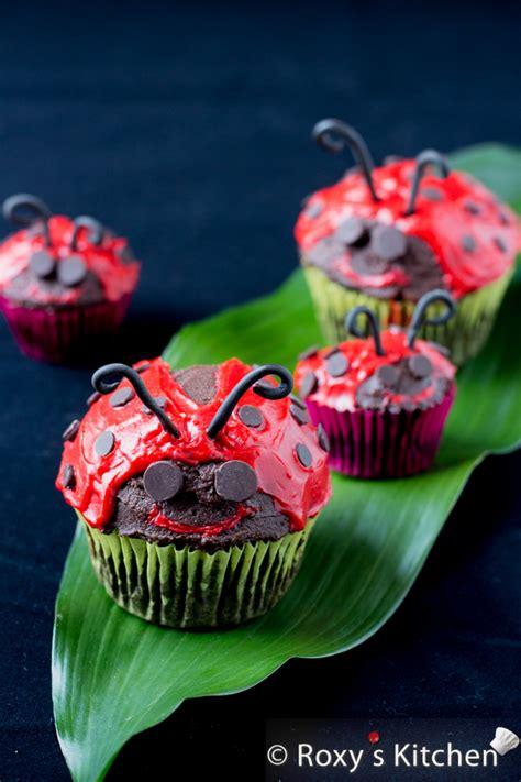 quick  easy ladybug cupcakes roxys kitchen