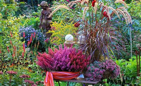 Garten Herbst Bepflanzung by Herbst Pflanzen Und Deko F 252 R Balkon Und Terrasse Der
