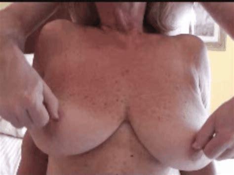Mature Natural Tit Porn Image 215418