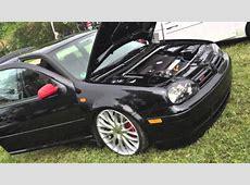 VW Golf IV GTI con LLANTAS de ALUMINIO 19