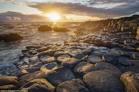 incredible beauty  irish coastline   series