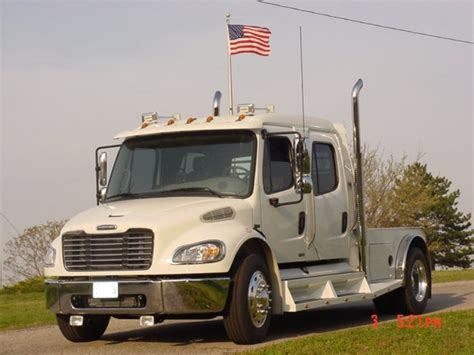 freightliner sportchassis call