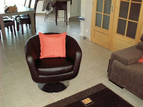 fauteuil bureau petit fauteuil pivotant photo 3 4 un petit fauteuil