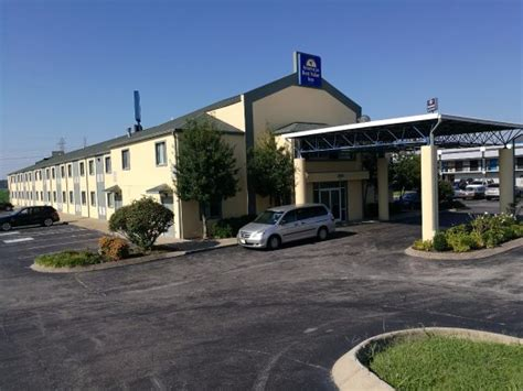 Americas Best Value Inn Clarksville Prices Motel Hotel Near Me Best Hotel Near Me [hotel-italia.us]