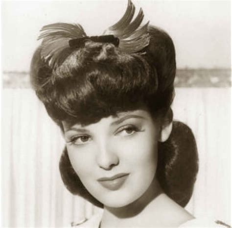 1940s Pompadour Hairstyle by 1940s Hairstyles Memorable Pompadours Classic Pictures