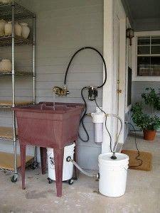 portable sink   studio  running water