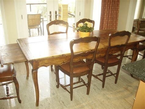 country kitchen tables and chairs country dining table and chairs marceladick 8285