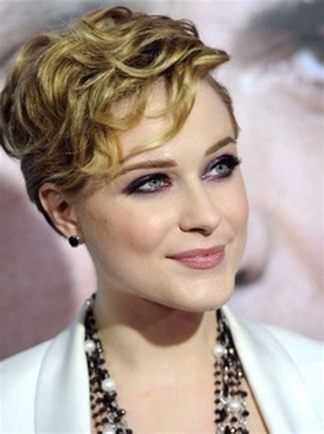 Very short curly hairstyles 2014
