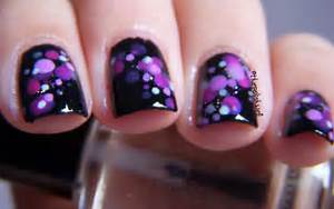 The polish well nail ideas purple and pink bokeh dots