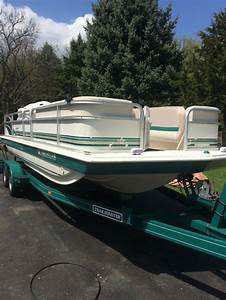 Hurricane 1998 For Sale For  8 500