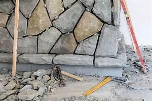 Natursteine Für Innenwände : innenwand mit steinen verkleiden anleitung in 4 schritten ~ Sanjose-hotels-ca.com Haus und Dekorationen