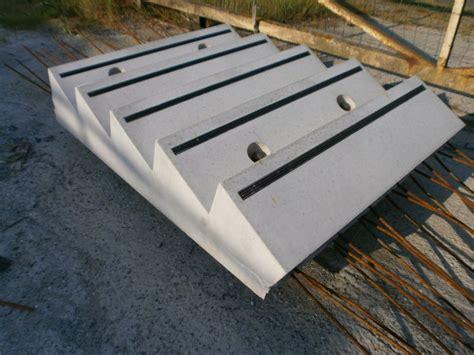 nez de marche escalier beton sp 233 cialiste pr 233 fa b 233 ton sur mesure et s 233 rie socap