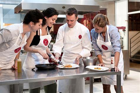 cours de cuisine gard l 39 atelier des chefs coffret cadeau wonderbox