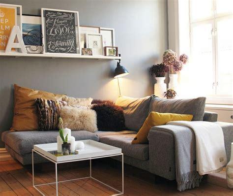 autour d un canape divagations autour d un canapé gris cocon de décoration