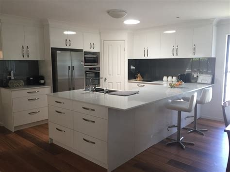Designs Of Kitchens In Interior Designing Great Indoor Designs Kitchen Wardrobe Interior Designers