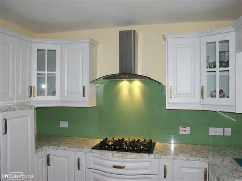 room paint colours green and blue glass splashbacks