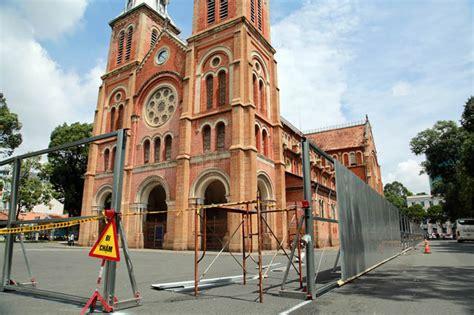 saigon notre dame cathedral basilica mass times