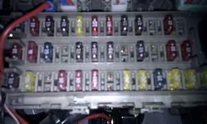 Caja De Fusibles Honda Civic 98