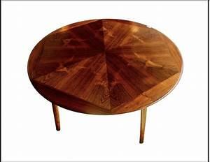 Grande Table Basse Ronde : grande table basse ronde en palissandre scandinave circa 1950 paul bert serpette ~ Teatrodelosmanantiales.com Idées de Décoration