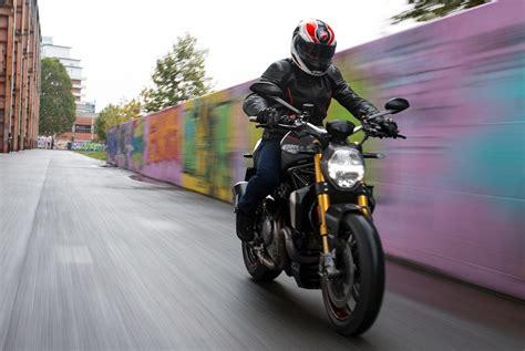City Riding Vs. Country Riding