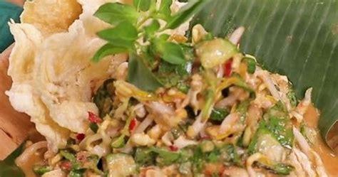 Dalam resep olahan sambal mentah, kencur berperan untuk memberikan citarasa segar sekaligus harum yang khas. Resep dan Cara Membuat Karedok Khas Sunda - Zona Masakan ...