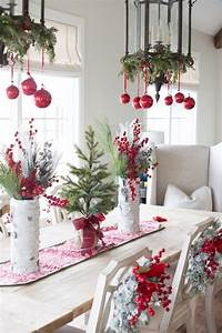 Deko Für Weihnachten : tisch weihnachtlich dekorieren mit weihnachtskugeln home tischdekoration weihnachten deko ~ Watch28wear.com Haus und Dekorationen