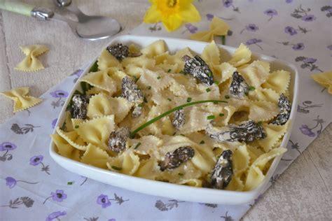 cuisiner morilles farfalles aux morilles et au mascarpone au fil du thym