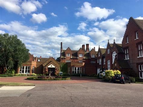 Sprowston Manor Hotel in London
