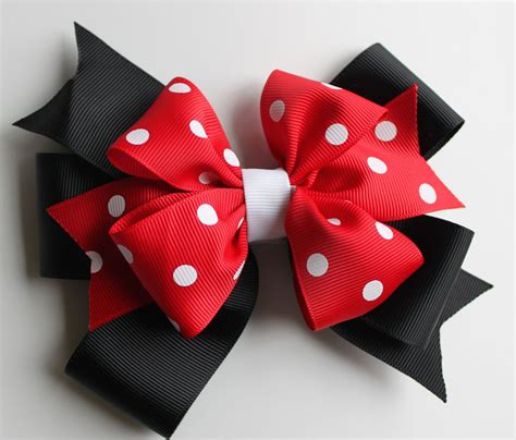 She Makes A Ton Of Cute Bows Red White And Black Polka